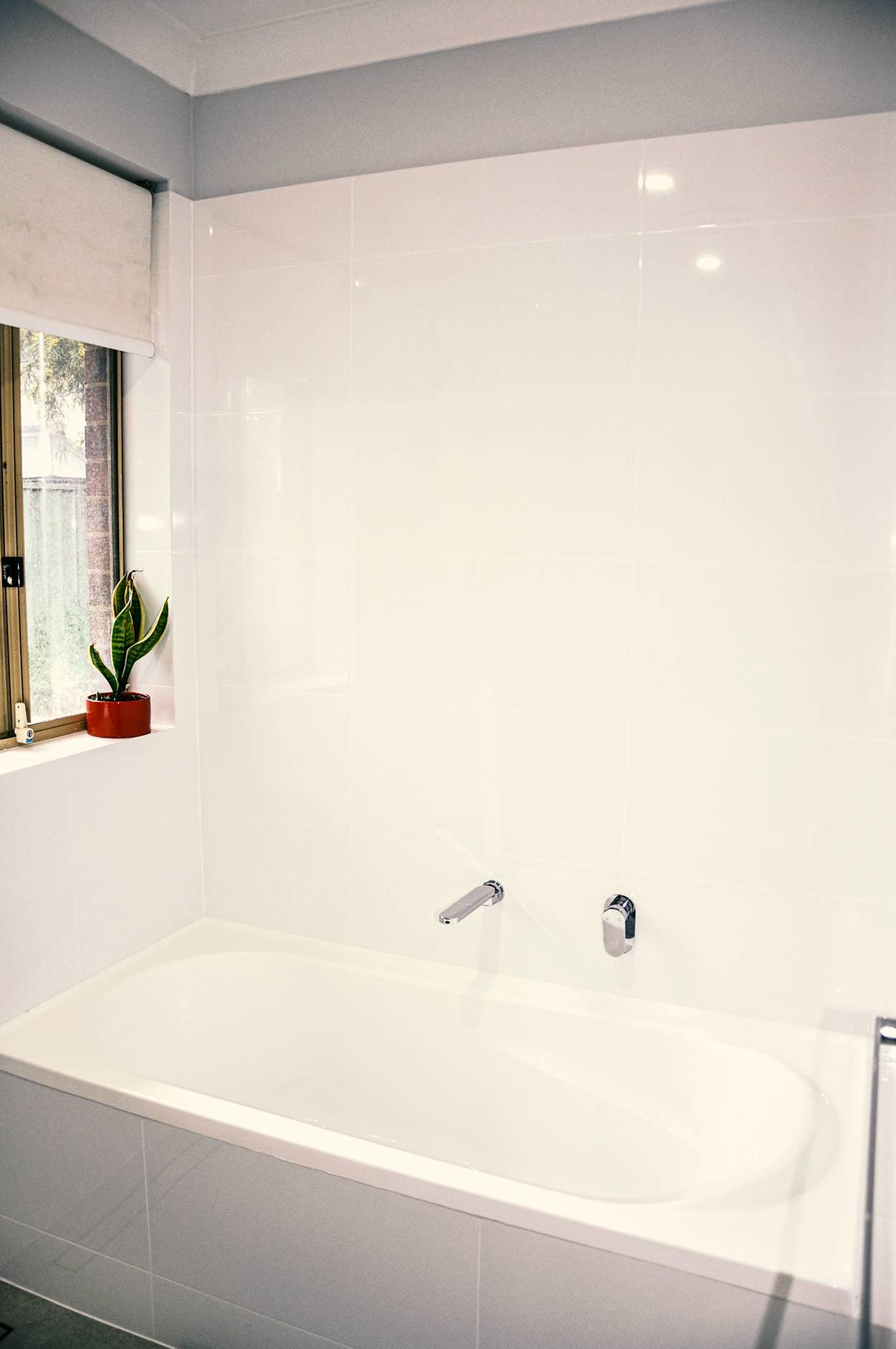 luxury bathtub installation